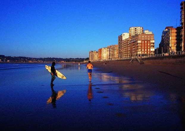 Atardecer en la playa de san lorenzo gijon - El tiempo gijon detallado ...