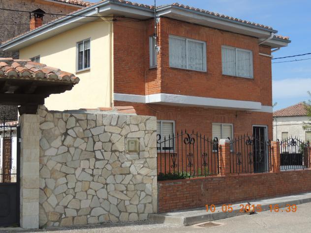 Fachadas de casas modernas de ladrillo visto casa for Casas modernas ladrillo
