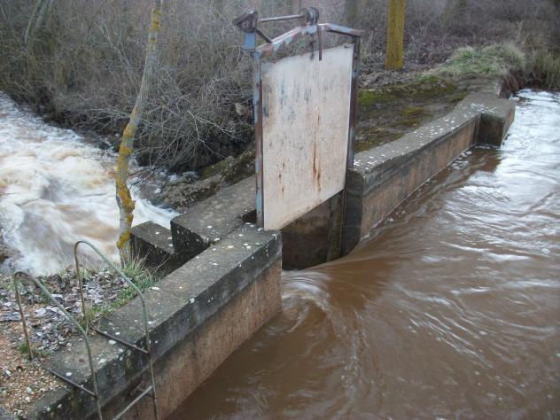 Fuga de agua villalbilla de villadiego for Fugas de agua madrid