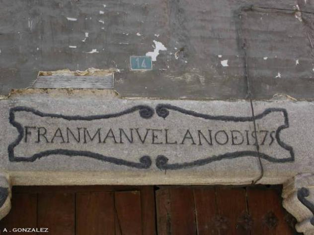 Inscripcion sobre granito garganta la olla for Informacion sobre el granito