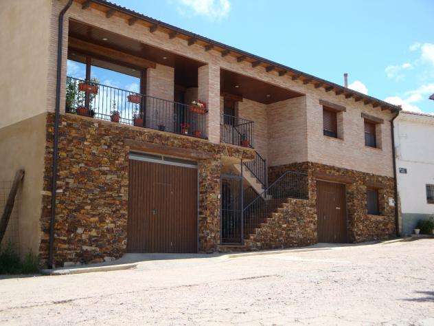 Casa rural ojos negros teruel - Casa rural pueblos negros ...