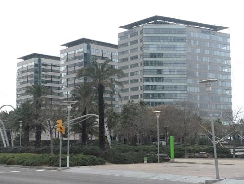 Bloques de pisos nuevos en la zona del forum barcelona for Pisos nuevos en barcelona