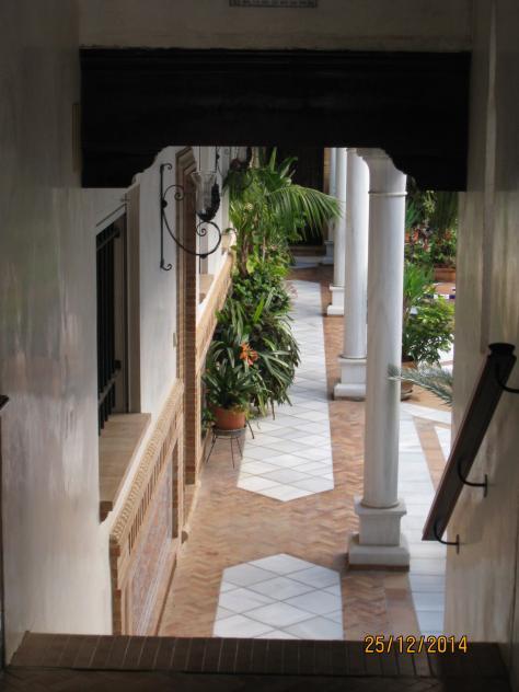 Patio andaluz sanlucar la mayor sevilla - Fotos patio andaluz ...