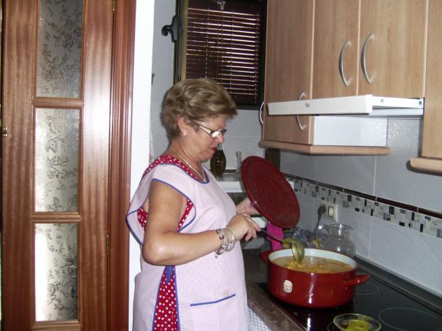 Cocinando un potaje para los amigos jimena ja n for Cocinando para los amigos