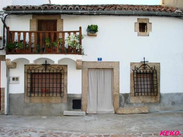 Casas del pueblo mesas de ibor - Decorar casa de pueblo ...