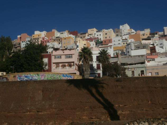 Barrio con casas de colores las palmas de gran canaria - Pisos com las palmas de gran canaria ...