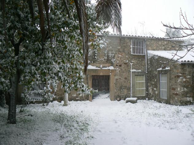 Una casa del pueblo torre de santa maria for Como reformar una casa de pueblo