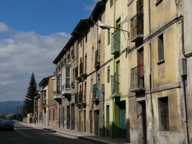 Calle real aquende miranda de ebro for Hoteles en miranda de ebro burgos