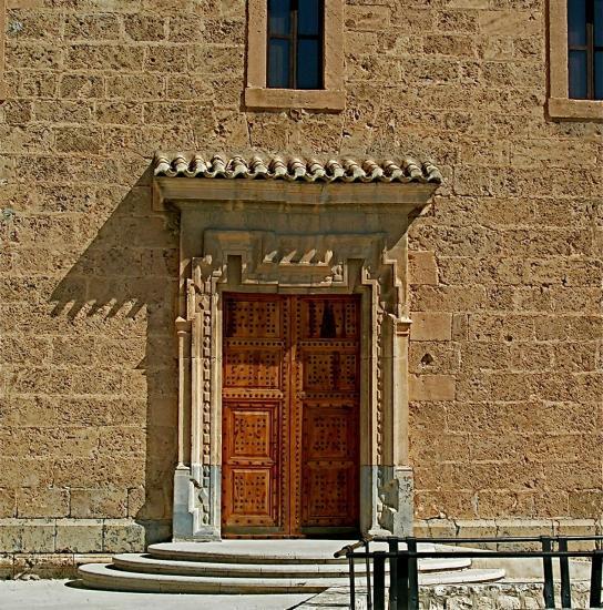 Puerta con tejadillo caravaca de la cruz - Tejadillo para puerta ...