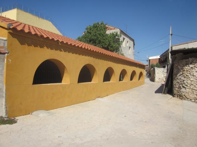 Exterior del lavadero mazuecos for Lavadero exterior