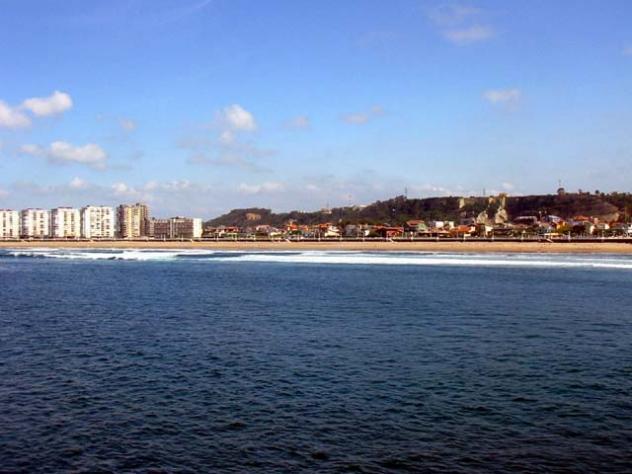 Vista general salinas - Hoteles en salinas asturias ...