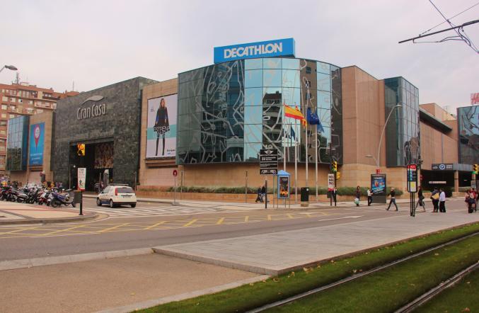 Centro comercial grancasa zaragoza for Dormir en zaragoza centro