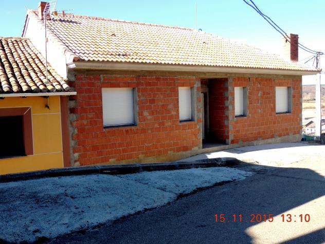 Casa en construcci n de la acera de los pares villalba de - Casas en guardo ...