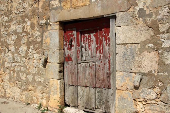 Puerta de casa antigua pesadas de burgos for Puerta casa antigua