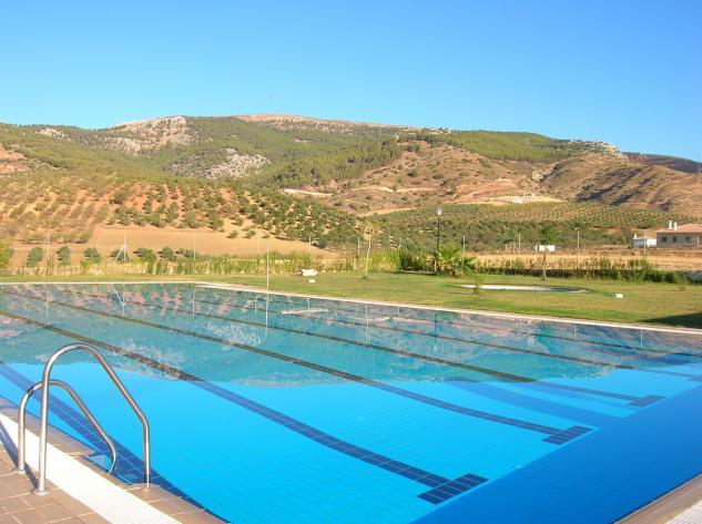 piscina municipal el burgo