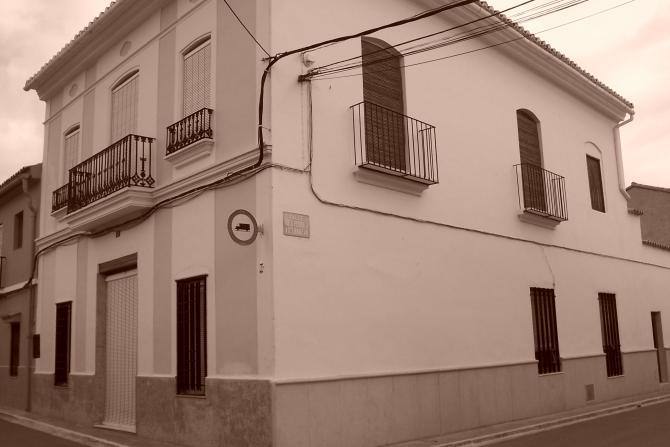 Calle d pedro villanueva casinos - El escondite calle villanueva ...
