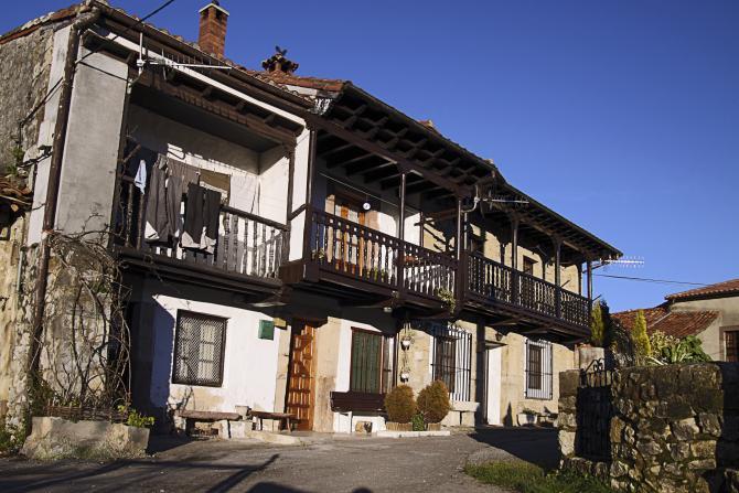 Casas de el barrial bielva cantabria - Casas de pueblo en cantabria ...