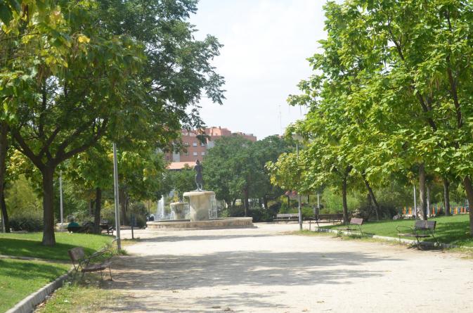 Estatua parque oeste alcorcon - Parque oeste alcorcon ...