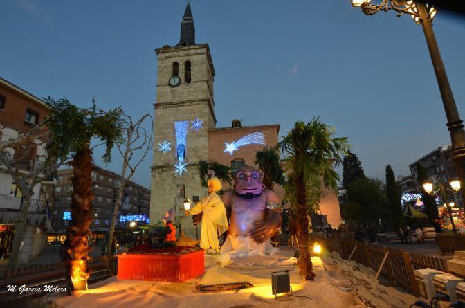 Plaza mayor en navidad torrejon de ardoz for Chalets en torrejon de ardoz
