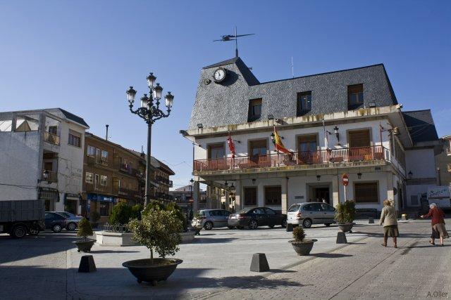 Ayuntamiento becerril de la sierra for Ayuntamiento de villel de mesa