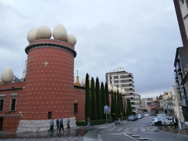 Edificio de gaud figueras figueres - El tiempo en figueres ...