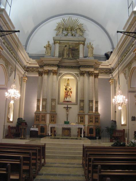 Interior iglesia polop for Hoteles interior alicante