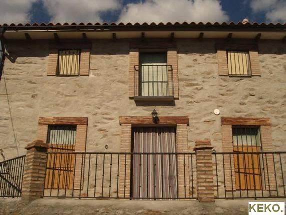 Fachada de casa en piedra retamosa c ceres - Fachadas de piedra fotos ...