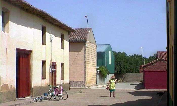 La casa de simona villacalabuey - La casa de las perchas ...