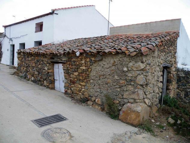 Casa de piedra y barro las cortecillas - Casa de piedra porcuna ...
