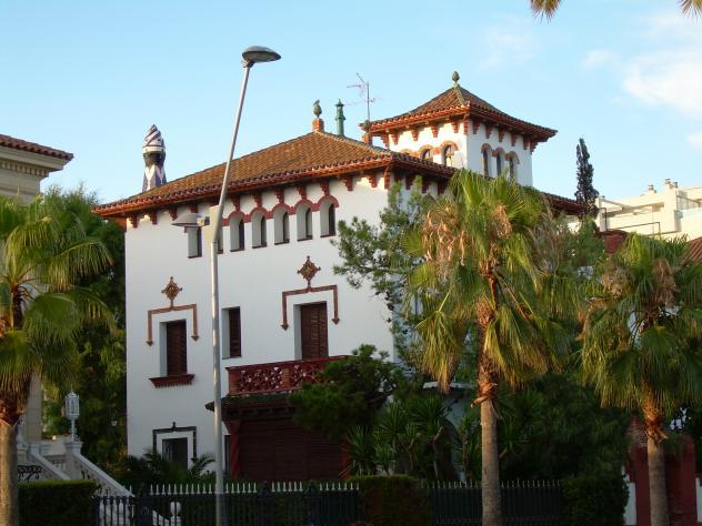 Casa de indianos en la costa salou tarragona - Casas en salou ...