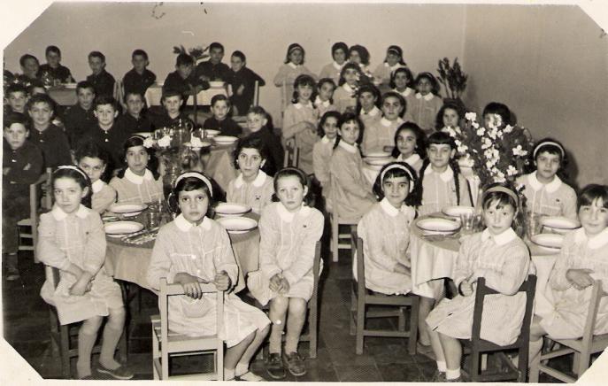 El comedor de la escuela rioturbio asturias for Comedor de escuela