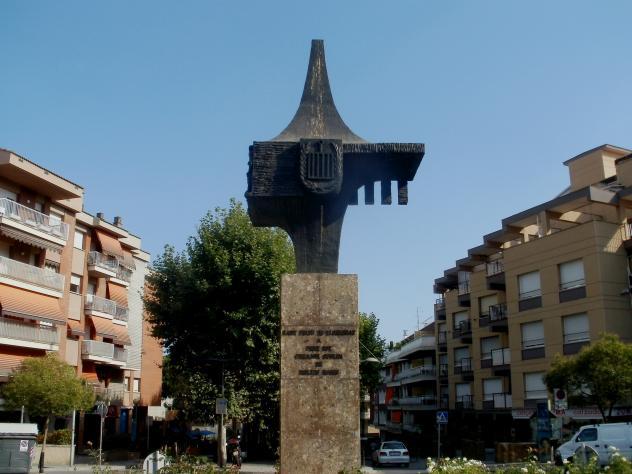 Monumento en la redoma sant feliu de llobregat - Temperatura sant feliu de llobregat ...