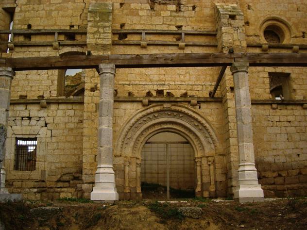 Puerta de san pedro becerril de campos for Puerta 3 de san marcos