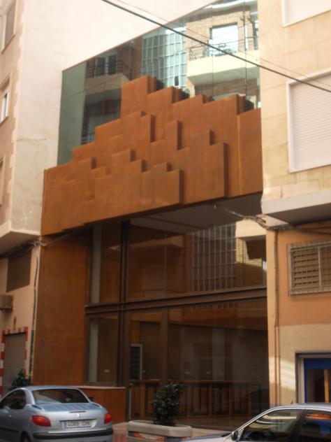 Los postigos acoge la oficina de turismo molina de segura for Oficina de turismo de la comunidad de madrid