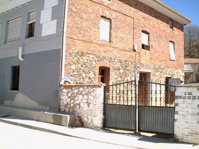 Una casa del pueblo mantinos for Como reformar una casa de pueblo