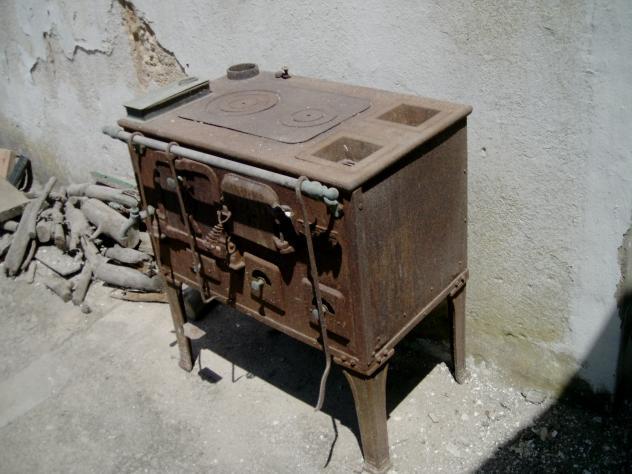 Decora y disena fotos de decoraci n y dise o de cocinas - Mesas antiguas de cocina ...