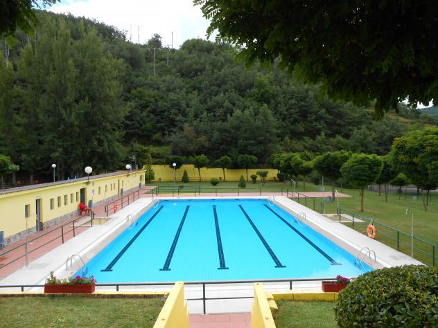 piscina municipal la pola de gordon