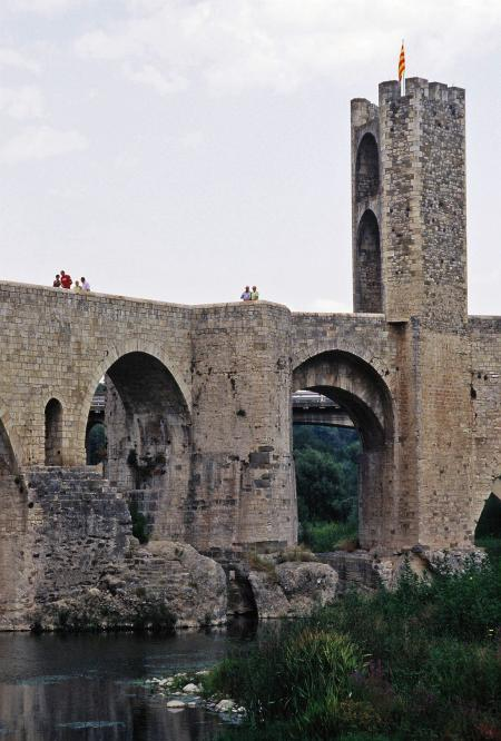 Pont fortificat, BESALU (Gerona)