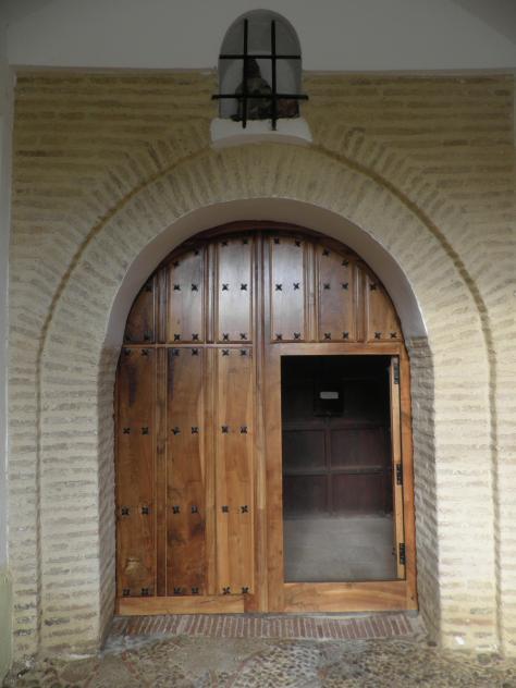 Puerta de entrada iglesia de el salvador galleguillos de for Puerta 7 campo de mayo